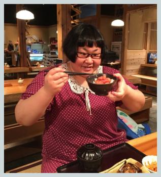 安藤なつ(メイプル超合金)の体重は?激似の柏崎桃子と比べてみた!